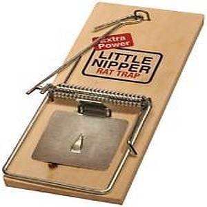 NIPPER WOODEN RAT TRAP